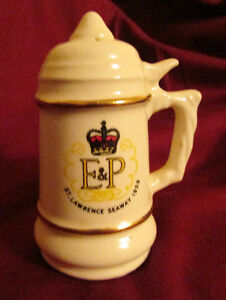 1959 St Lawrence Seaway Commemorative SALT & PEPPER Shakers Kitchener / Waterloo Kitchener Area image 2