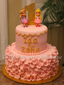 CUSTOM CAKES AND DESSERTS! Last minute orders Welcomed. Stratford Kitchener Area image 1