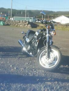Vmax Yamaha low kilometers