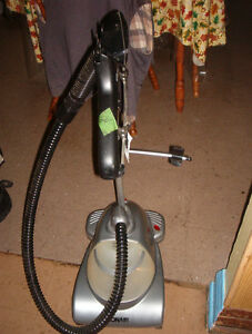Conair fabric steamer $10.00 obo  Can deliver