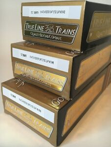BRAND NEW / HO Scale / True Line Trains / 8 Hatch Reefers (x3)