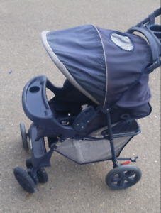 Stroller for sale. Great condition, $34.00