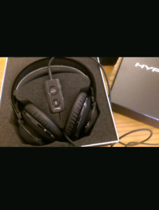 Hyper X Revolver S. Like new. The final sale so can not return