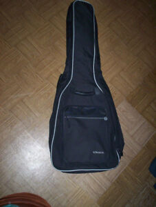 Voyageur black padded backpack guitar bag case  & 4 picks