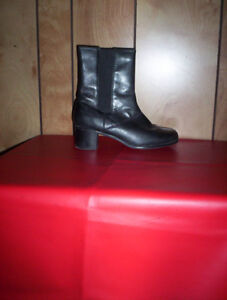womens 9.5 Hush Puppies black leather ankle boots sz 8 g:21 high