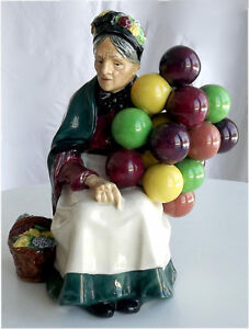 Vintage Royal Doulton The Old Balloon Seller HN1315 Mint