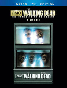 The Walking Dead Season 3 Box