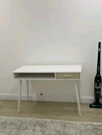 White computer desk 110x50 cm