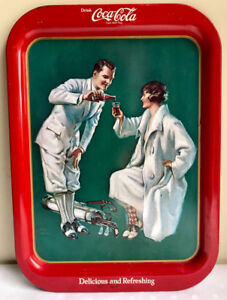 "Vintage Coca Cola tray 1973 reproduction ""Golfers"""