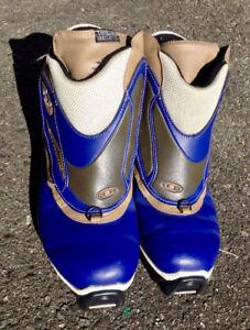 Ladies Salomon boots