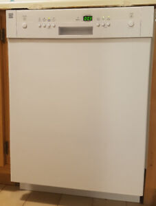 """Kenmore - Dishwasher 24"""" in perfect condition"""