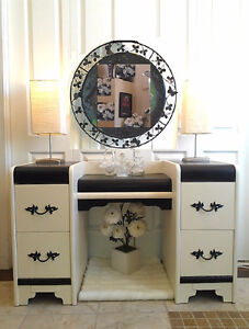 Stunning! Refinished 4-Drawer Antique VANITY with Mirror