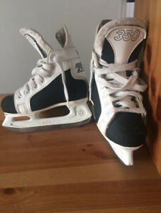 Patins à glace hockey enfant CCM
