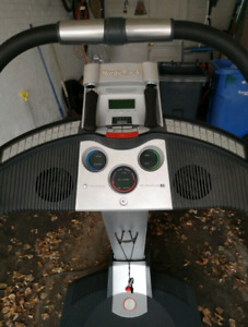 Really Good Condition Nord Track Incline Trainer X5 Treadmill