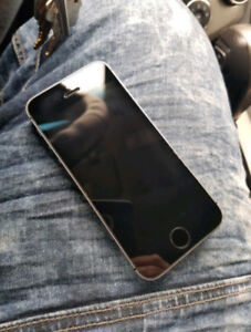 Unlocked Good Condition Space Gray iPhone 5S - No Issues