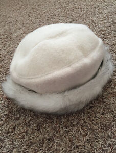 A warm and fashion lady's winter hat