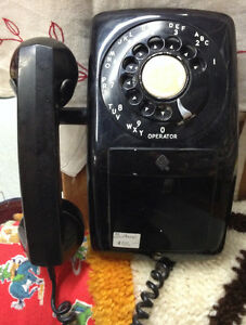 Vintage Dial Wall Phone