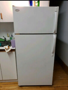 Frigidaire refrigerator good work condition delivery available
