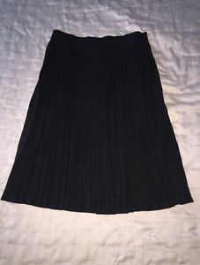American apparel pleated A-line skirt.