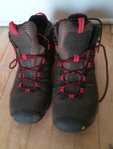 KEEN hiking boots size 14 - worn once