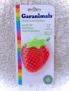 NEW Garanimals Chilly Fruit Strawberry Soothing Teether Chilled