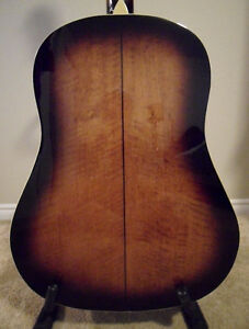 Saga Solid Top Acoustic Guitar with Hard Shell Case London Ontario image 5
