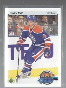 2010/11 Upper Deck Taylor Hall Retro Young Guns rookie Card