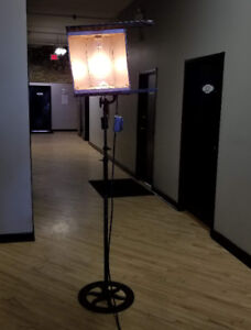 90 Year old, fully-functioning stagelight / spotlight