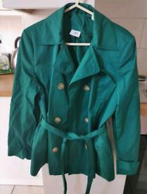 Green coat / jacket