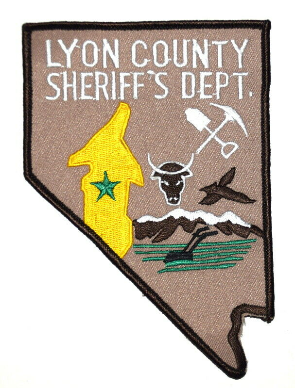 LYON COUNTY NEVADA NV Sheriff Police Patch – STATE SHAPE –BULL PICK AX SHOVEL LG