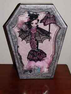 Super belle Draculaura monster high collection