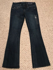 Women's AE Artist Flare Jeans - Size 4 (regular) - NEW with tags