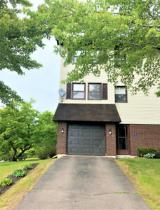 End unit - Three level Townhouse - Rothesay