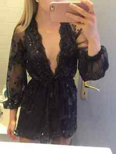 BRAND NEW Deep Plunge V-Neck Long Sleeved Beaded Sequin Playsuit Cambridge Kitchener Area image 8