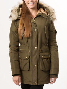 Bebe Hooded Parka Faux Fur Trim Quilted Walker Manteaux Jacket