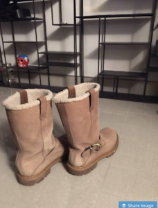 Timberland Nellie Pull On Fur Lined Winter Boots - Men's Size 9