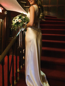 Holt Renfrew evening / prom gown with train worn only 1 X