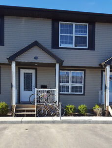Just listed! Townhouse in Martensville