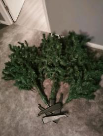 FREE 7ft Christmas tree