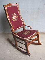 Chaise Bercante Antique / Antique Rocker