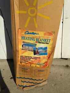 BRAND NEW heated pool cover solar