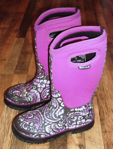 Girls Winter Bogs Youth Size 1