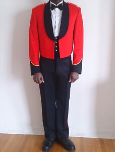 Land Army Mess dress / Canadian Forces