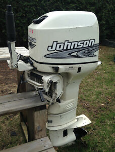 Hors bord , Johnson 25 hp , 2000