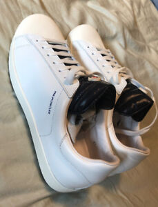 Moncler Joachim Sneakers Shoes Size 8, 100% Authentic with Box.