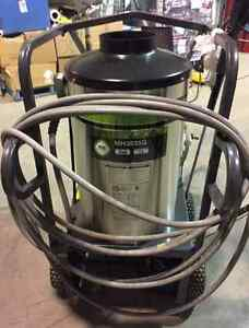 2015 Thunder MH3535G Hot and Cold Pressure Washer West Island Greater Montréal image 3