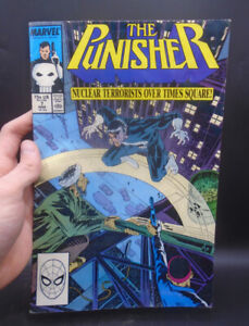 THE PUNISHER - NUCLEAR TERRORISTS OVER TIMES SQUARE! COMIC BOOK