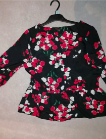 Ladies Black floral blouse