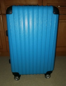 Brand new spinner luggage suitcase!!