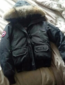 AUTHENTIC EXTRA SMALL CANADA GOOSE